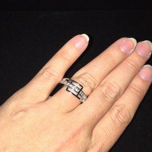Lia Sophia silver tone ring